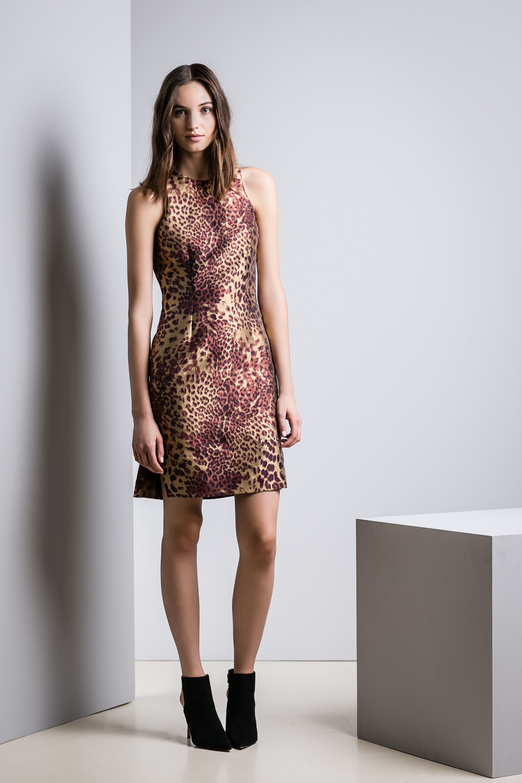 Josie Natori Pre-Fall 2016 Fashion Show