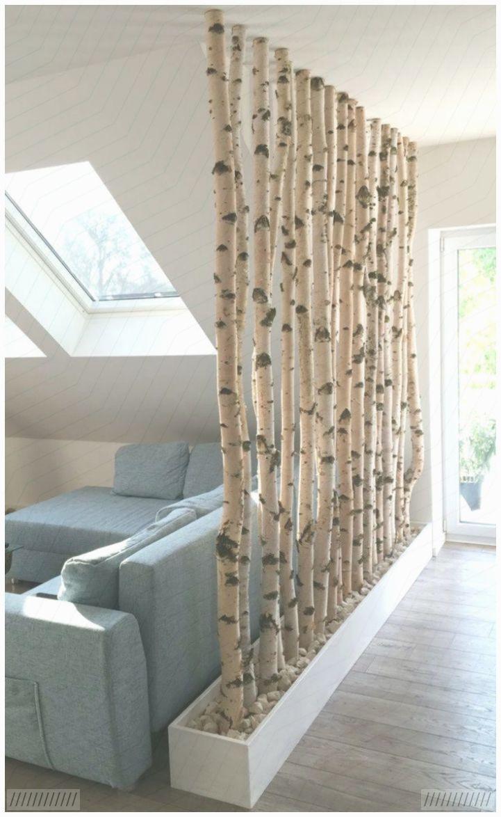 Birkenstämme wie Raumteiler #Wohnzimmer - Dekoration