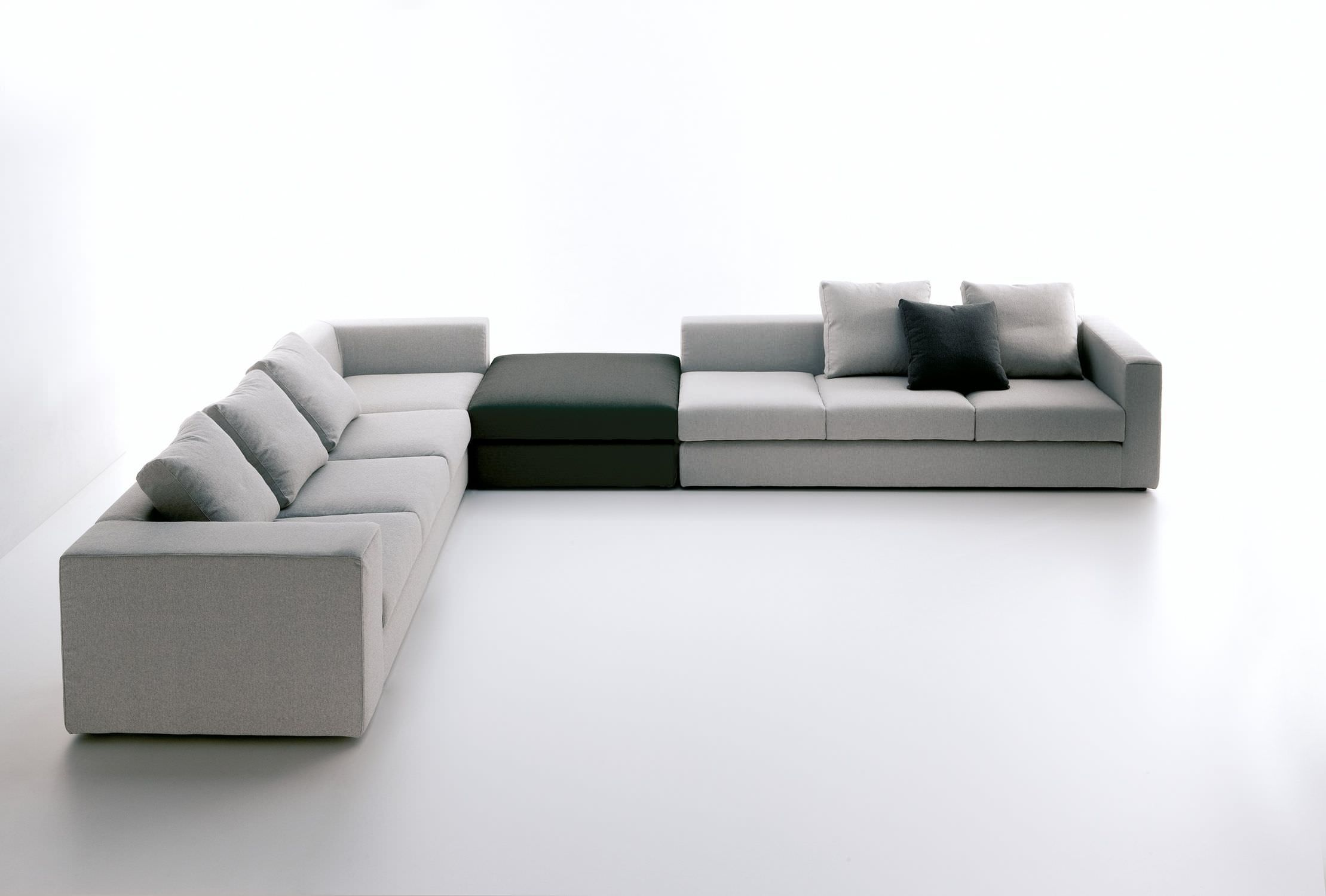 Interesting Sofa Designs To Bring The Tranquility Of Yoga To Your Modern Space Sofa Design Contemporary Modern Sofas Modular Sofa