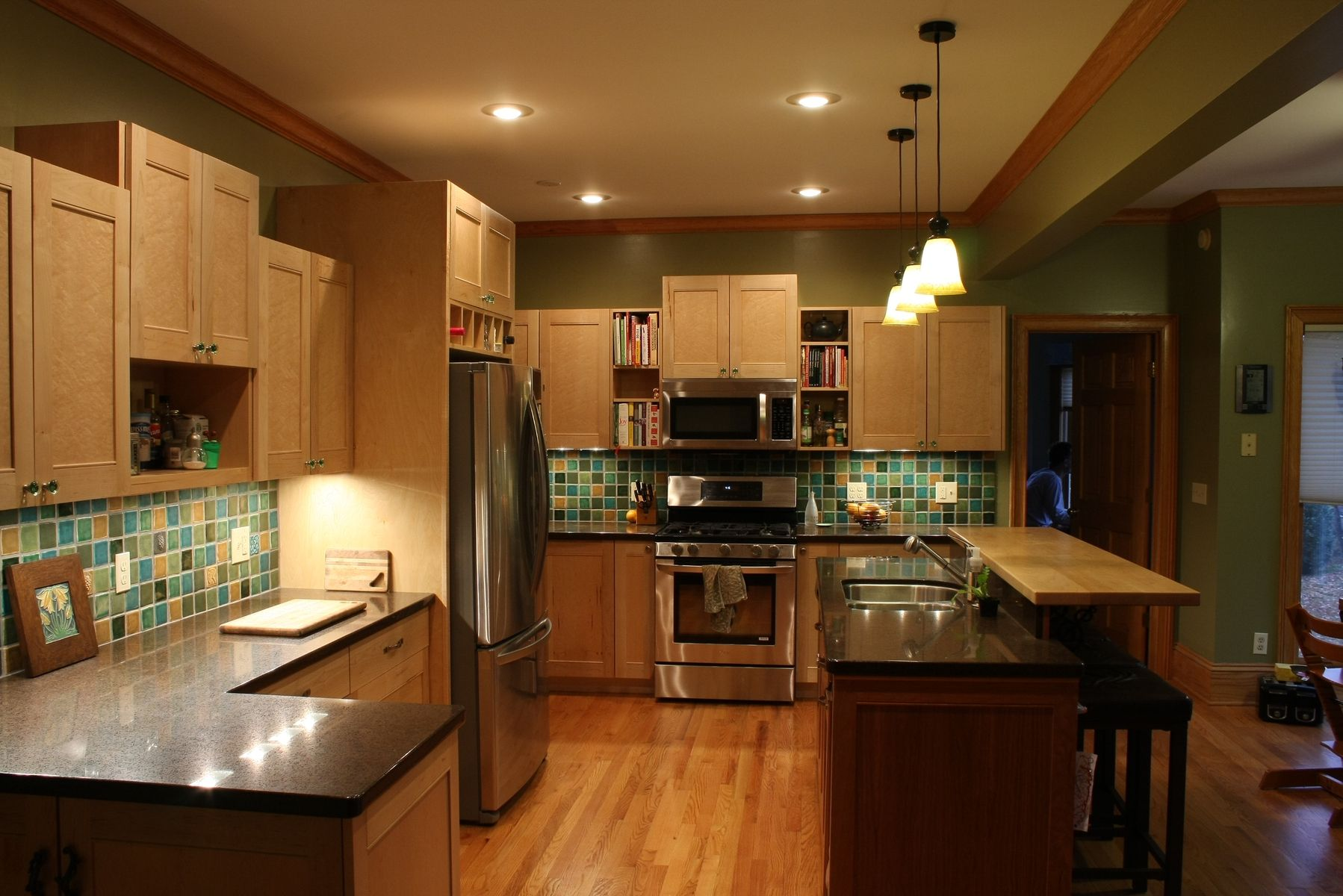Light Wood Cabinets Kitchen Good Kitchen Colors With Light Wood Cabinets Yes Yes Go