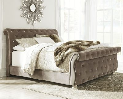 Cassimore Cal King Upholstered Bed, Pearl Silver