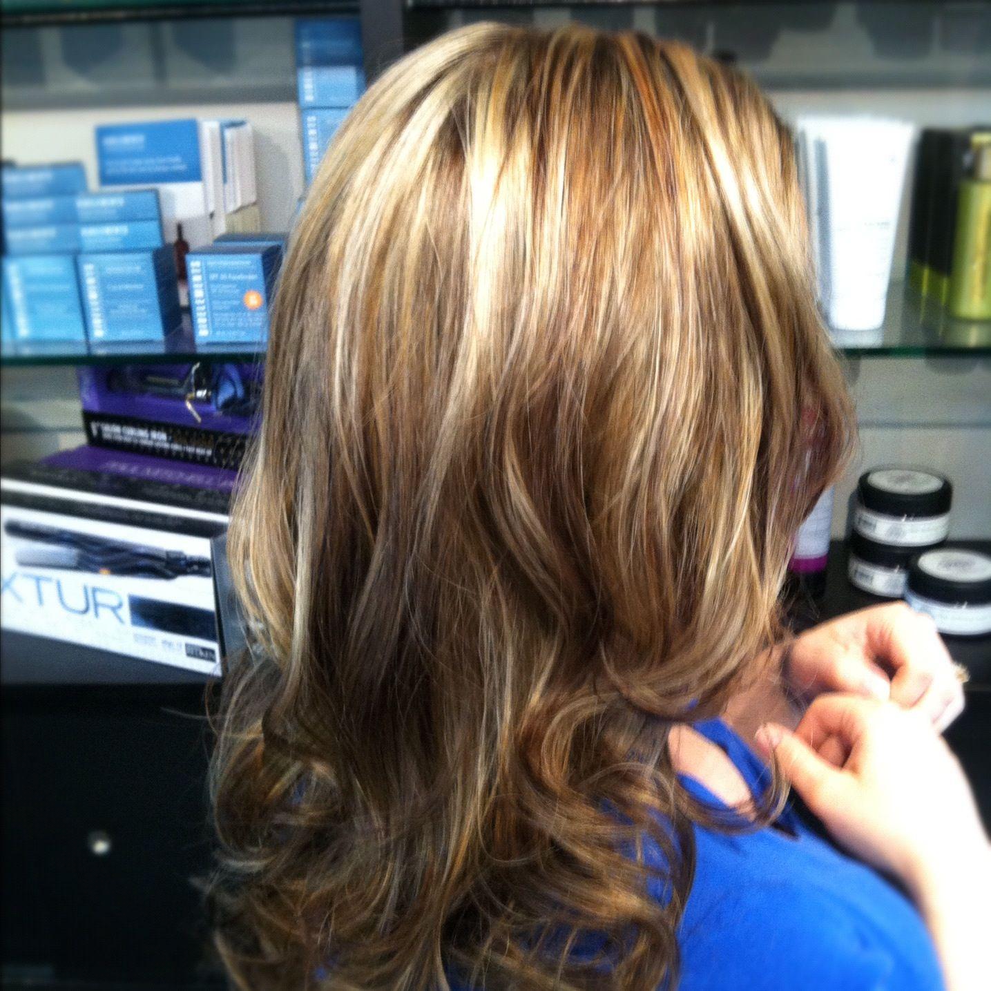Janelle S Foil Golden Brown With Blonde