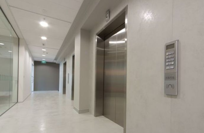Gsk Offices Auckland Nz Featuring Laminam Oxide Perla Wall And Lamiam Oxide Floor Paneling Flooring Traditional Tile
