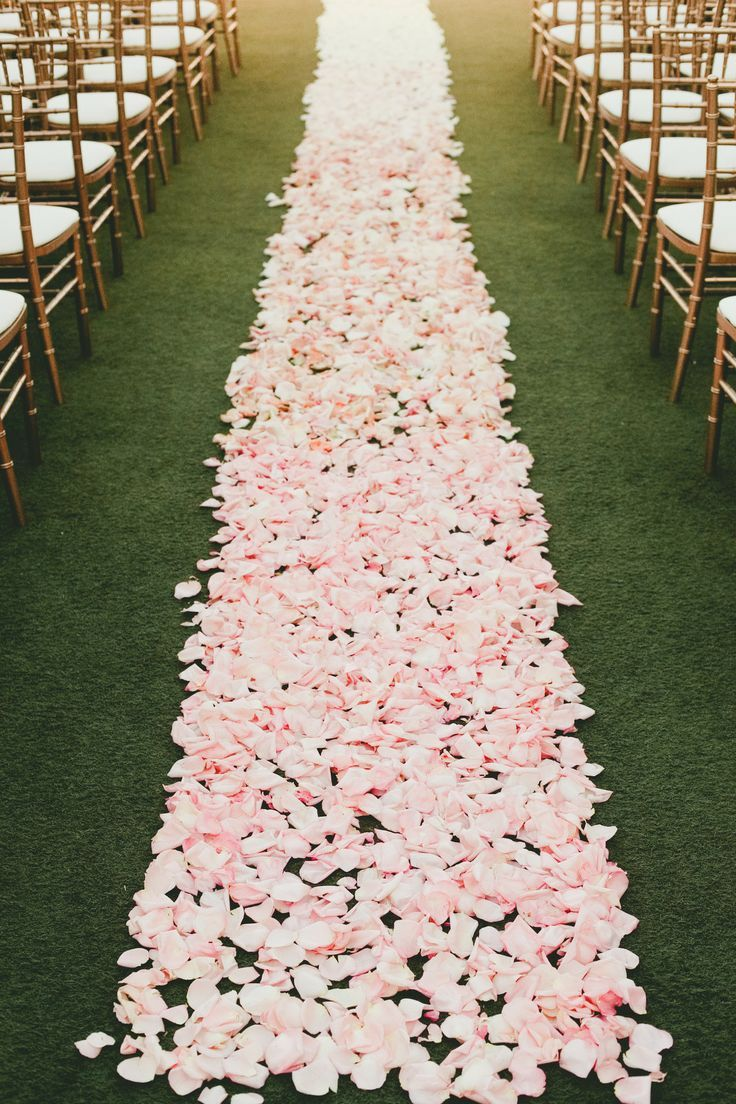 So beautiful! Pink petals for the aisle #wedding #gardenparty #ceremony #aisle #pink