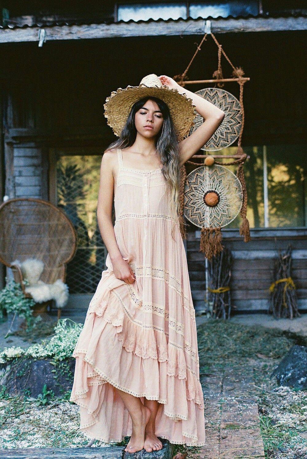 Love this dress  5ddc97a994