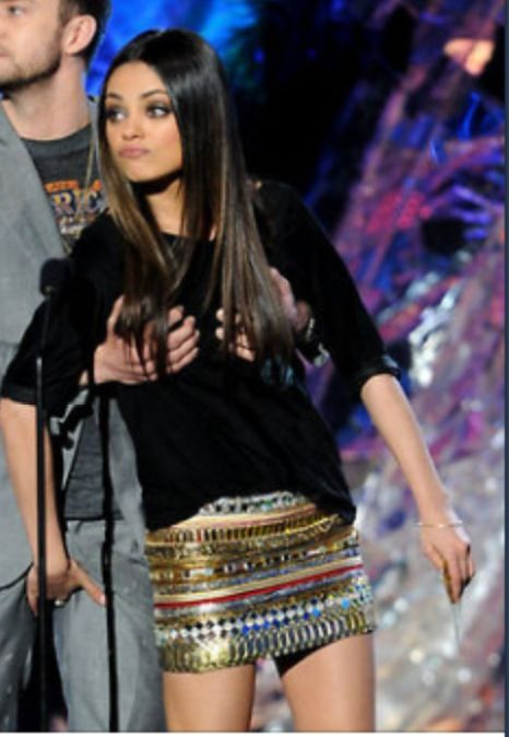 Idk what they're doing but I love Mila's outfit!