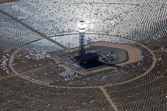 Solar and wind power are reaching competitive prices with conventional energy: http://bit.ly/1yhENQ1 #gogreen #makingprogress ►Over the last five years, the cost of providing energy from solar and wind power plants has dropped dramatically. Recently, in many places, it ...