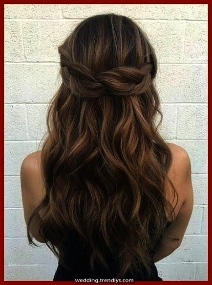ceremony hairstyles half up half down with flowers rehearsal dinners Informations About Ideas Wedding HairFantastic concepts marriage ceremony hairstyles half up half dow...