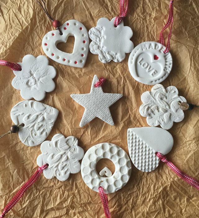 Tutorial decoraciones navideas con pasta de modelar casera http