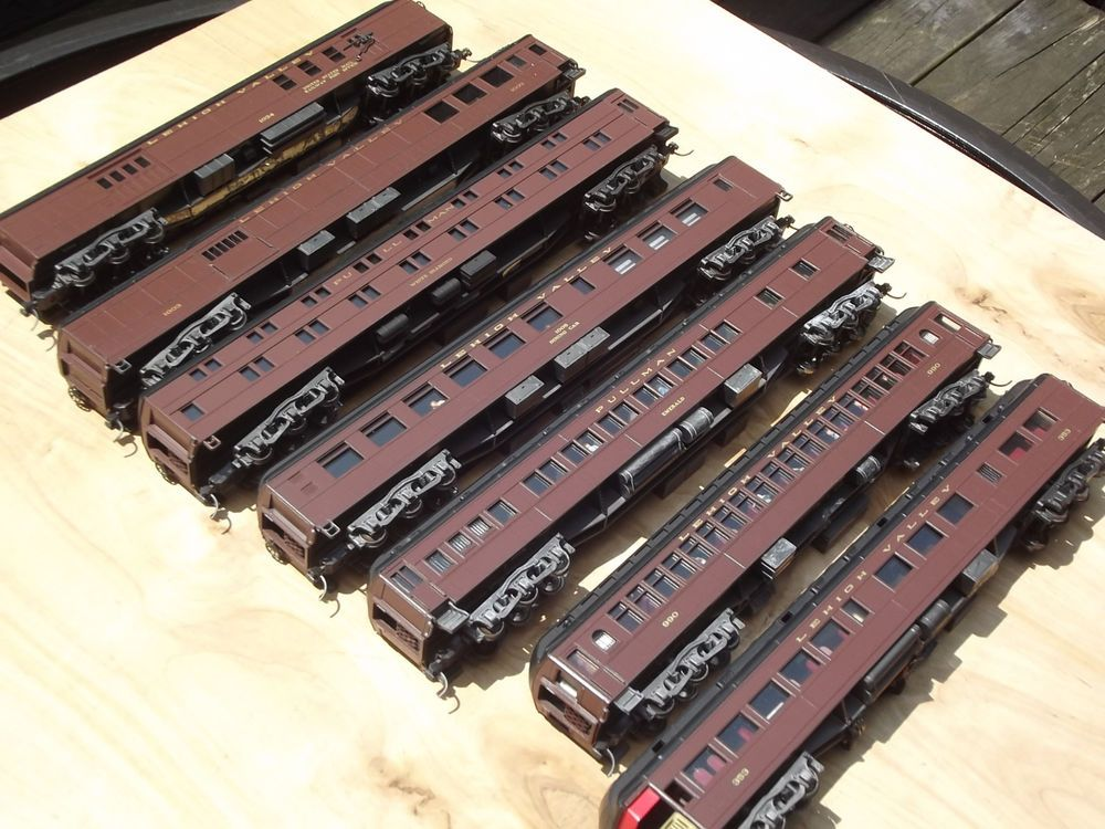 how to change couplers on bachmann n-scale trains