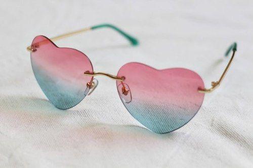 781e1e872b8a0 Óculos De Coração Lentes para Sol - Degrade Rosa