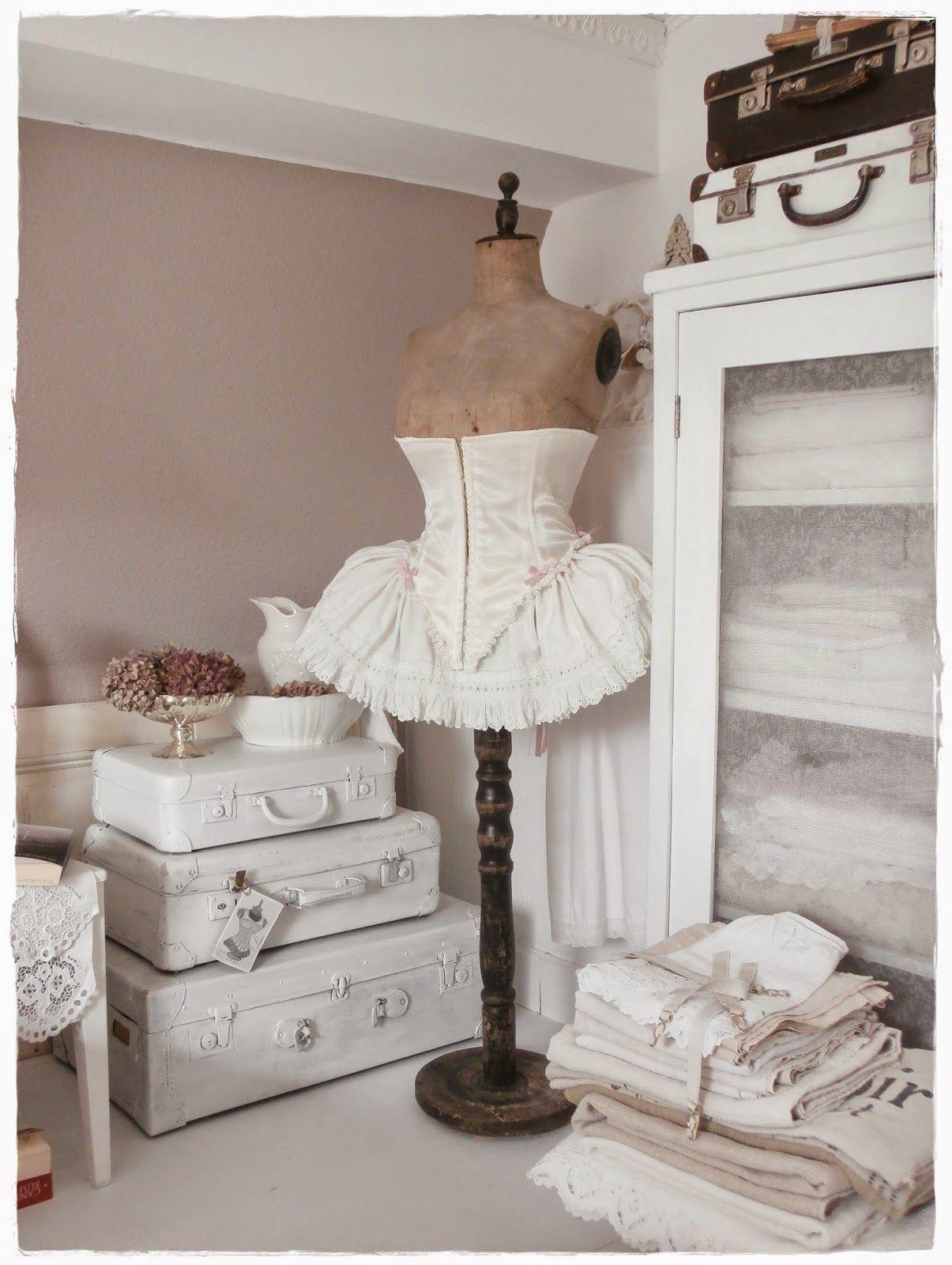 Come Aprire Un Negozio Shabby Chic.Una Romantica Casa Shabby Chic Style In Centro A Vienna Vintage Interieur Interieur Brocante