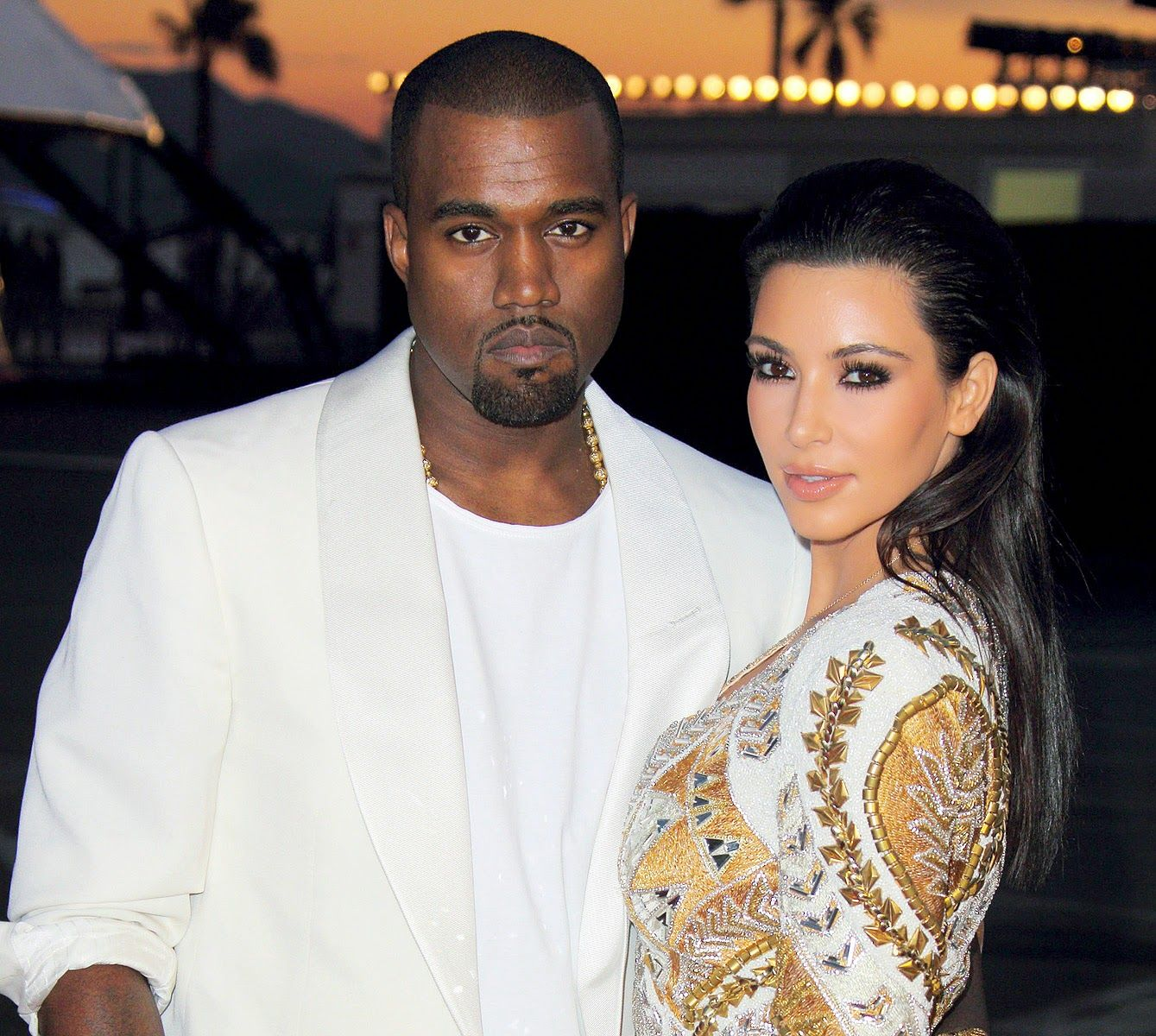 The much talked about Hollywood couple Kim Kardashian and Kanye West are all set to get married on 24th of May in Forte Belvedere at Florence, Italy. Following an evening event at le Palais de Versailles, guests will be flown via private jet to Florence.