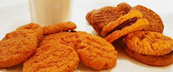 Raw Peanut Butter Cookies