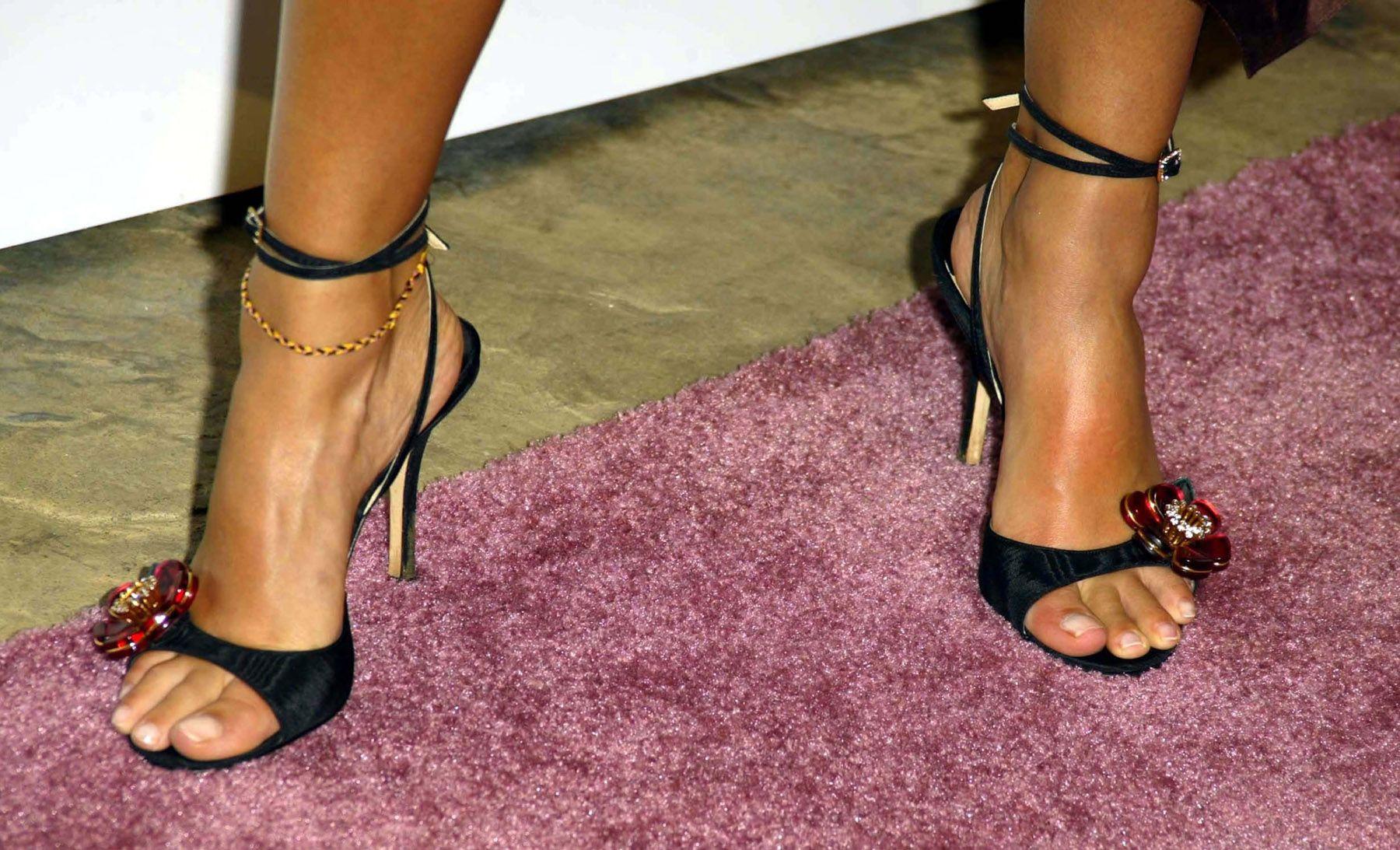 bfbc179364e Jessica Alba s Feet    wikiFeet