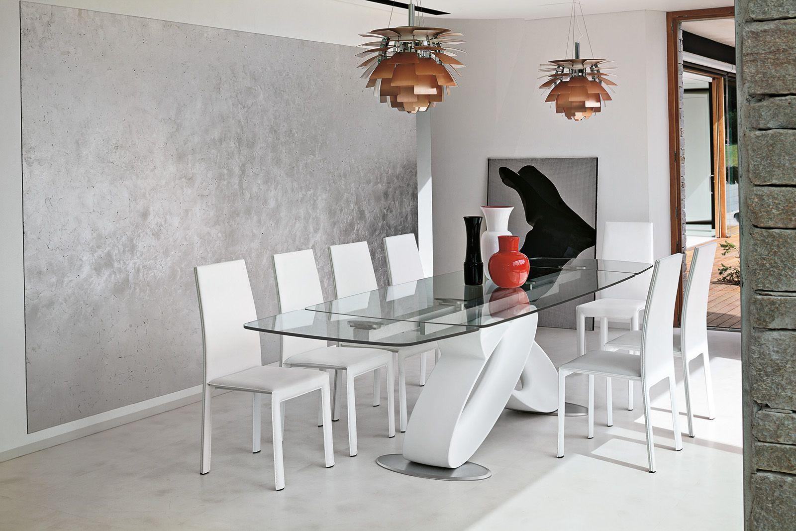 Tavoli: piano in vetro, gambe protagoniste | Tavoli - cristallo ...