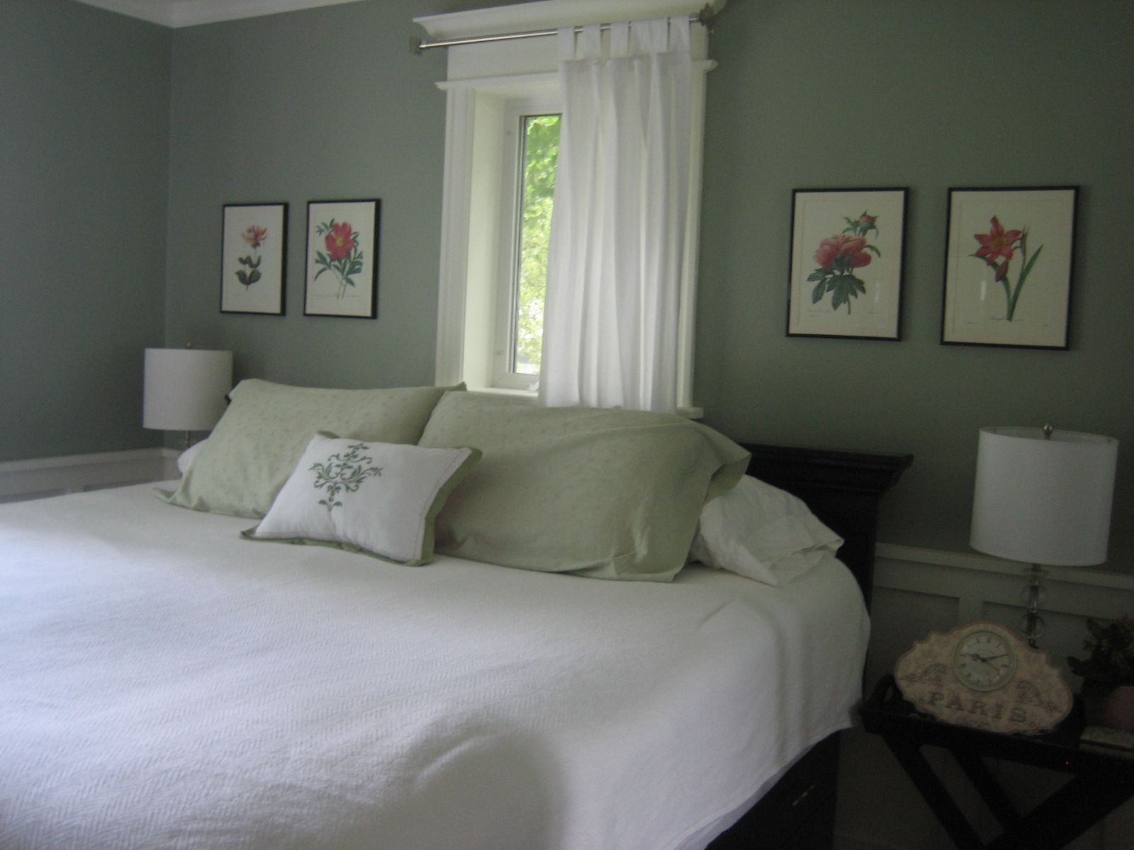 silver and green bedroom | ... basement and dining room are mis-tinted