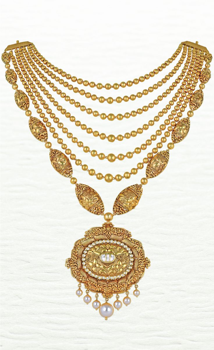 Azva modern handcrafted gold necklace goldjewellery luxury style