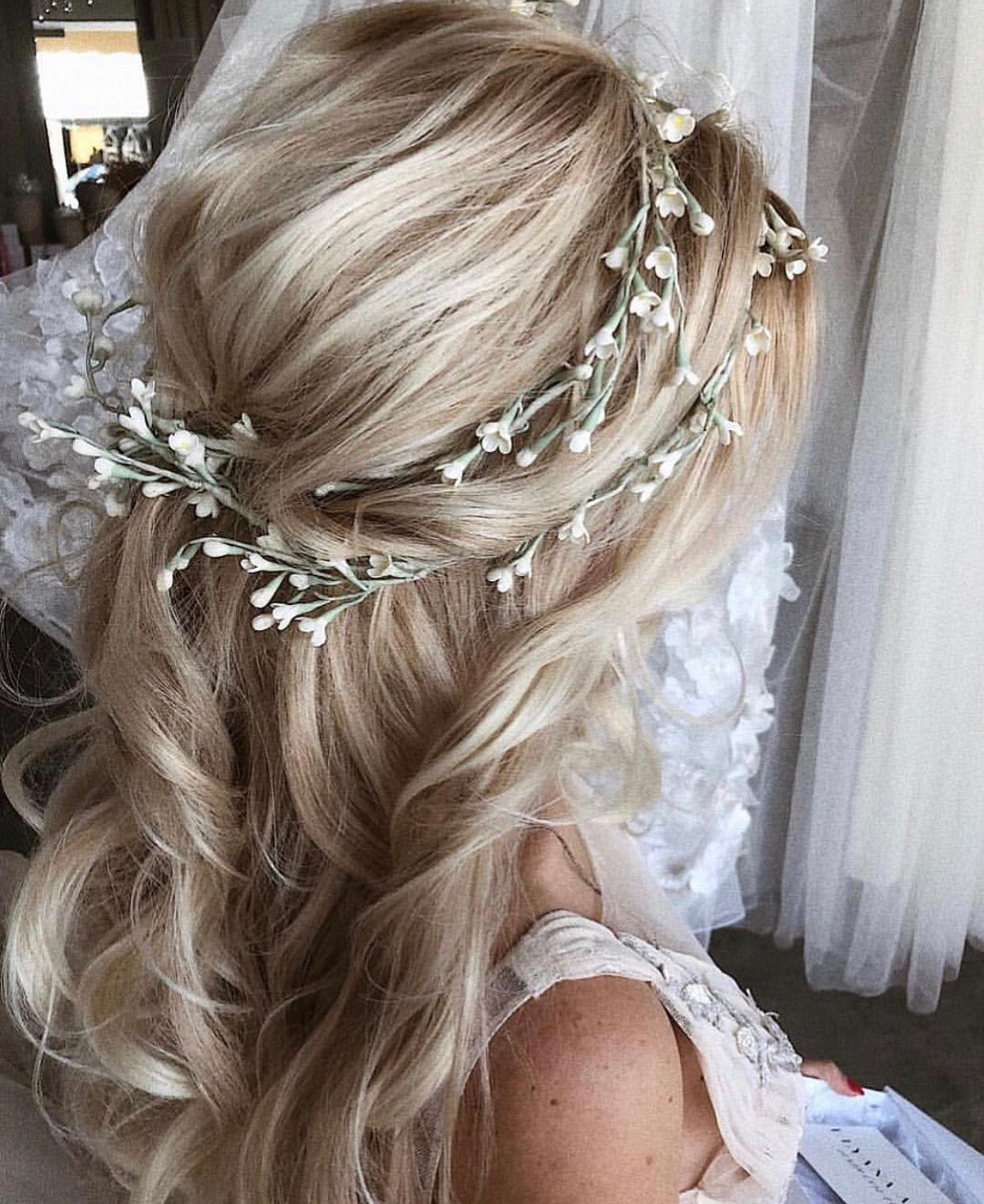 pinterest: @pawank90 | makeup and hair in 2019 | wedding