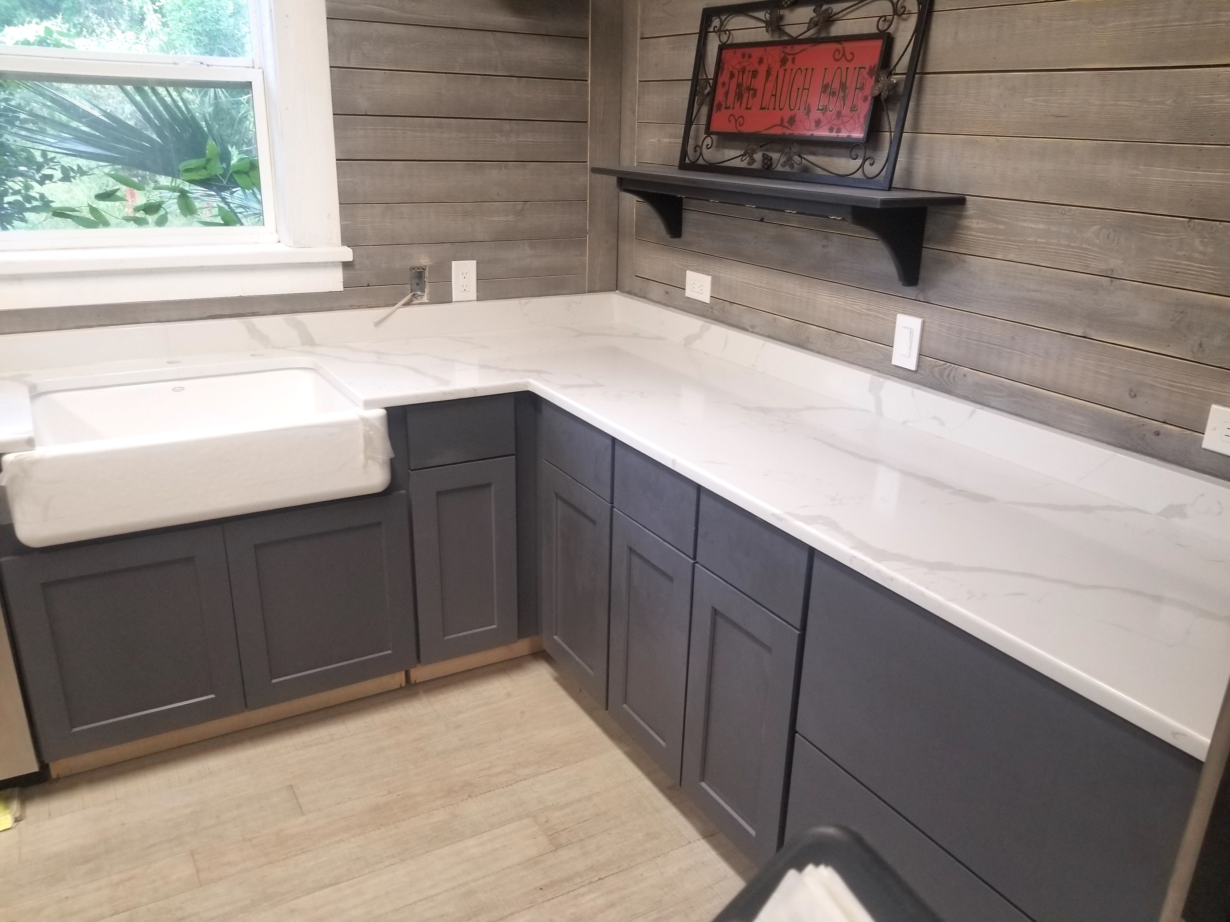 Beautiful Custom made L Shaped Kitchen Countertop made by using ...