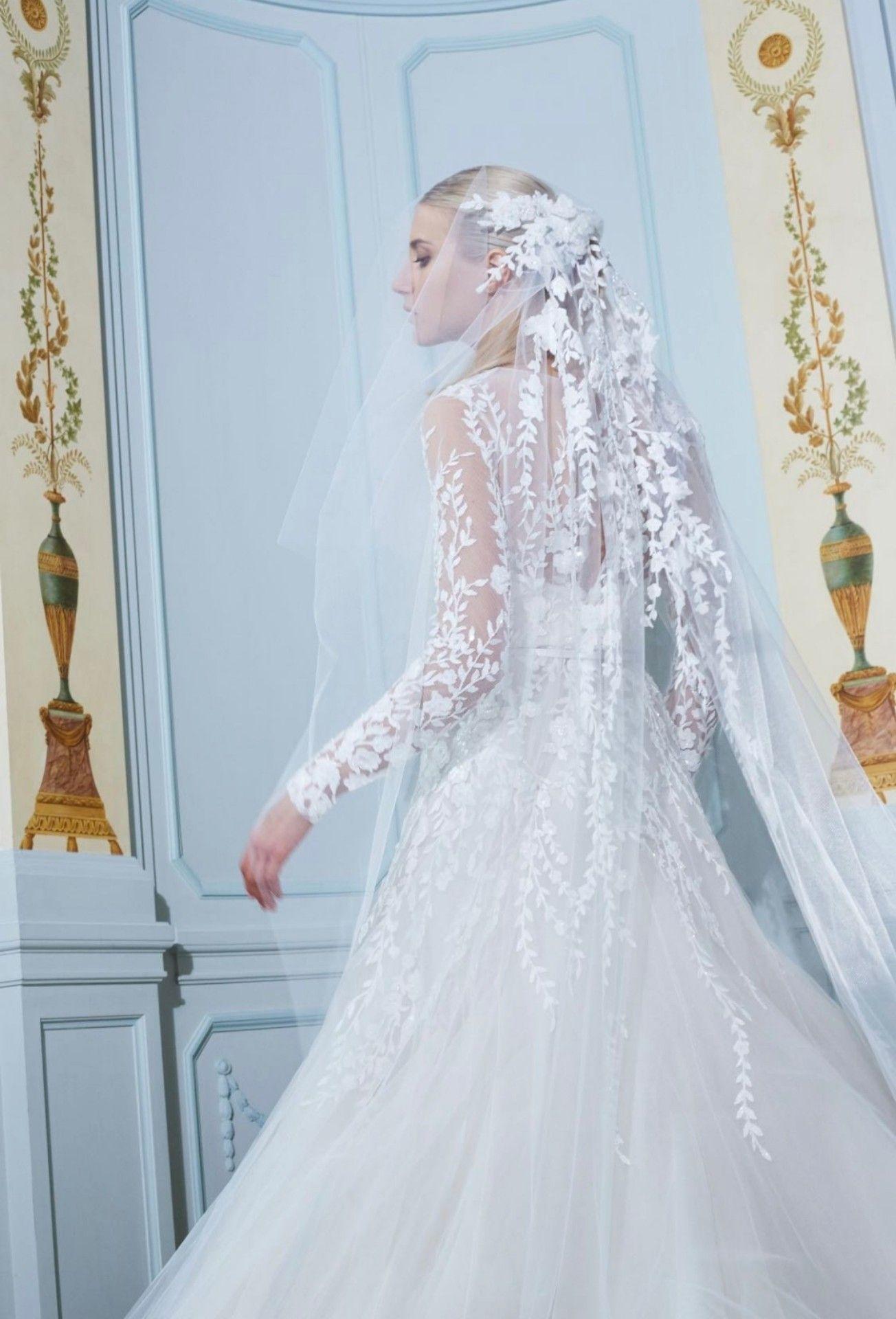 Pin von Sana Azhary auf Wedding  Ärmelhochzeitskleider