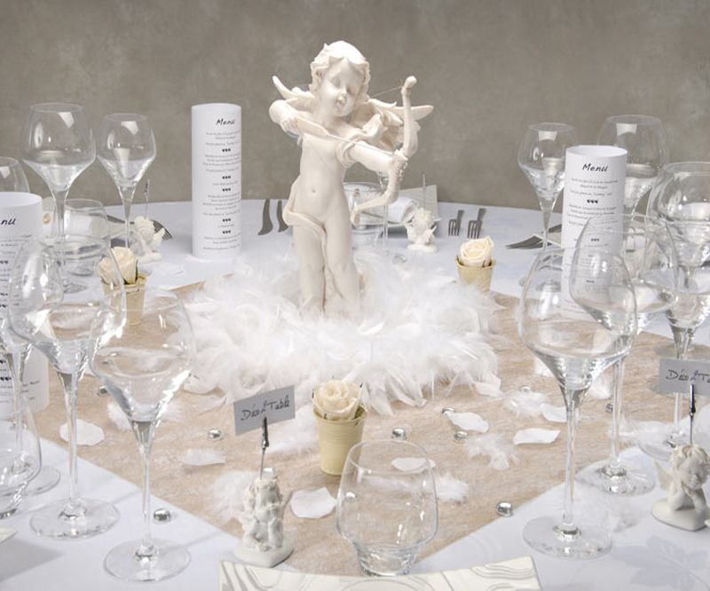 Love angel themed wedding table design
