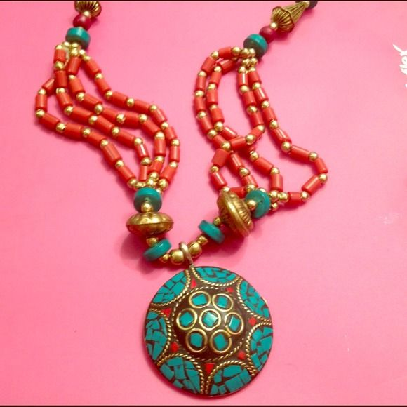 Jewelry - Resin mosaic necklace