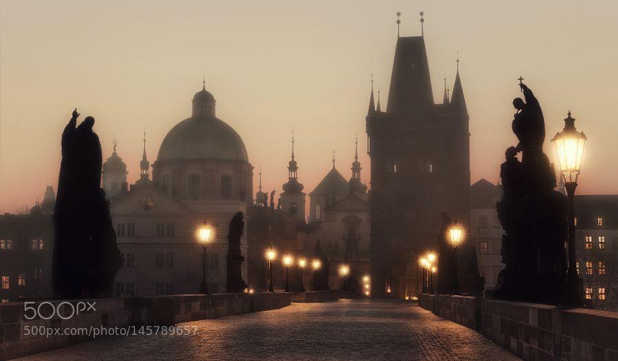Sunrise on the Charles Bridge Prague. by maxcuo1975
