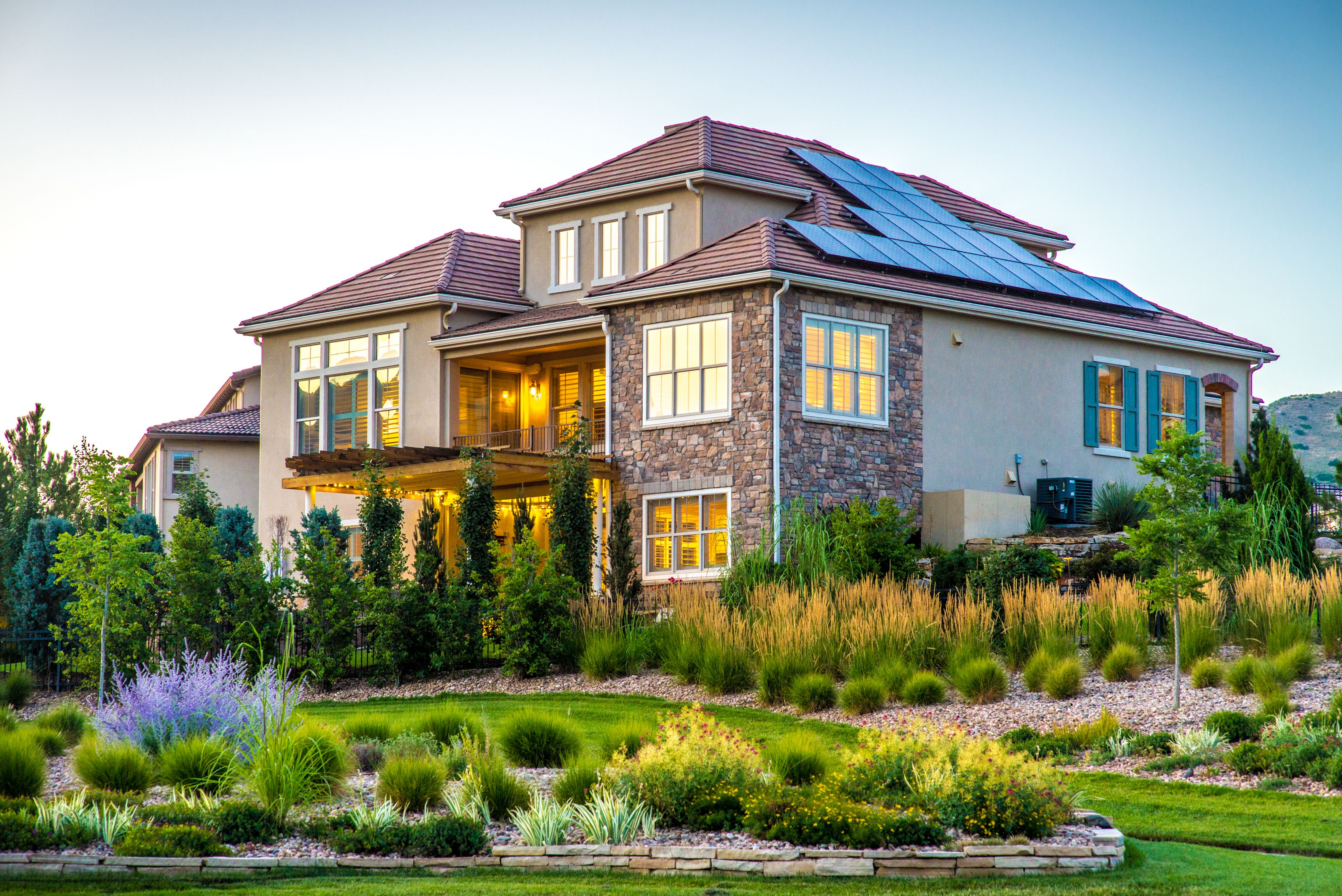 Soltera Home In Lakewood, Co 3 Bedroom, 4 Bath, 4,093