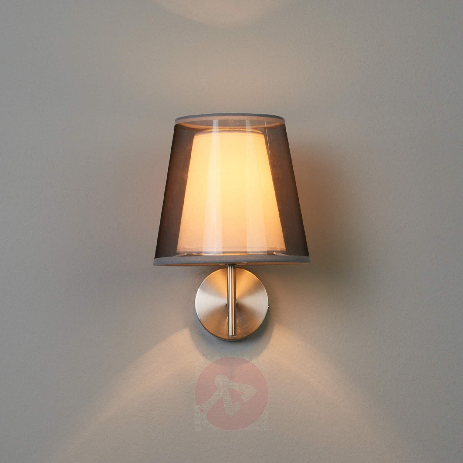 Schwarze Stoffwandlampe Weni mit Schalter 02