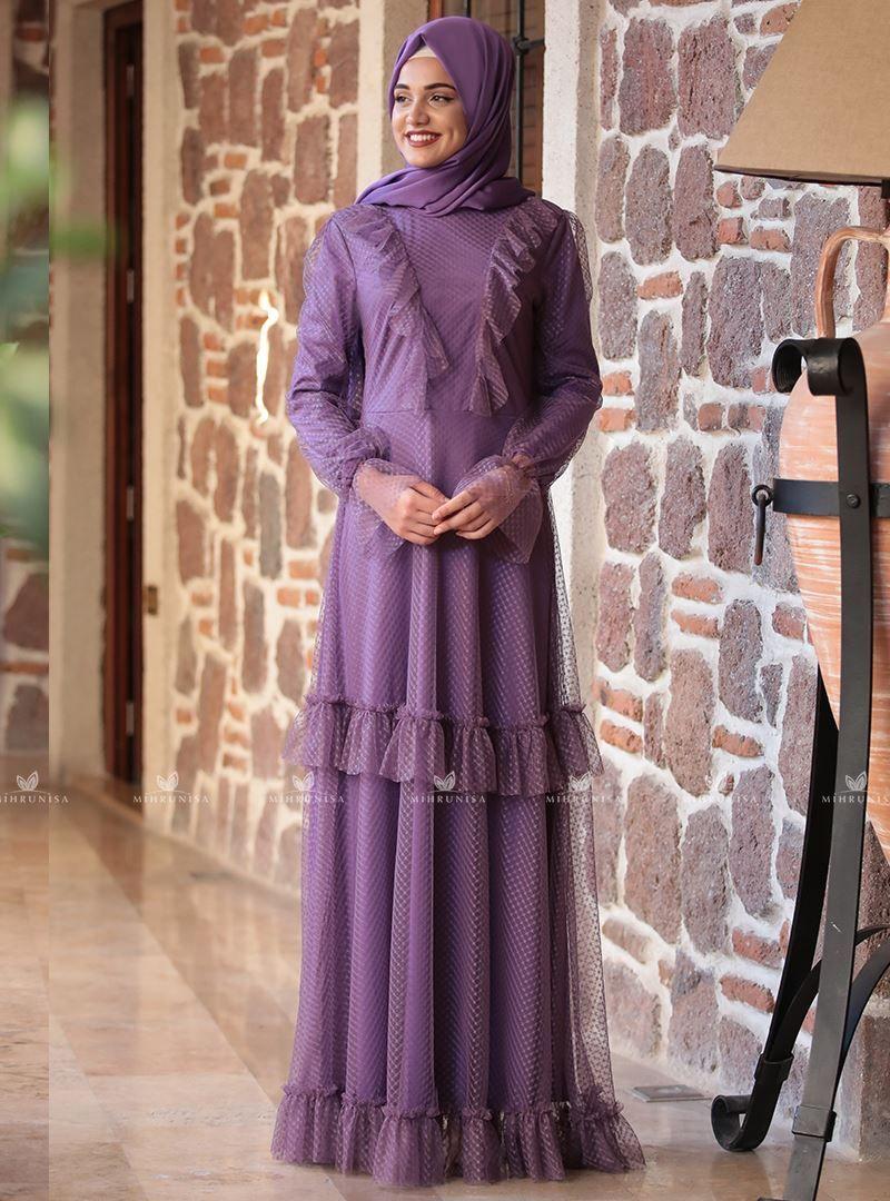 f0e4d9833aad1 fırfır detaylı mor rana elbise modelimiz astarlı olup arkadan gizli  fermuarlıdır.