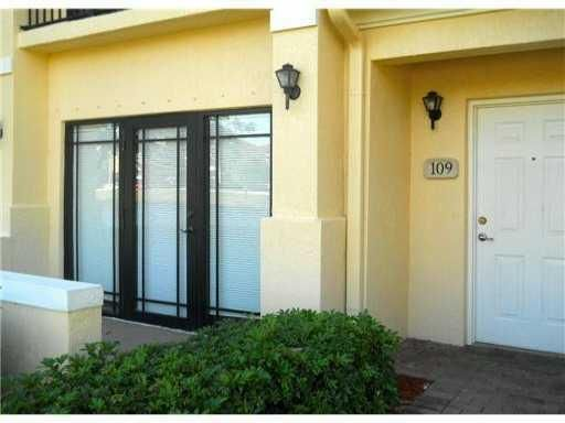 bdc7ba44a14fa93312fdb37bc0d716be - Apartments Near Palm Beach Gardens Mall