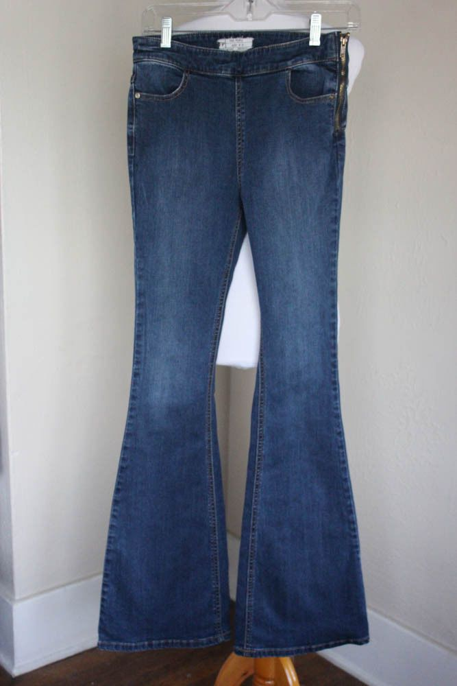 Free People 27 Super Flare Stretch BOHO Blue Jeans Side Zip #FreePeople #Flare