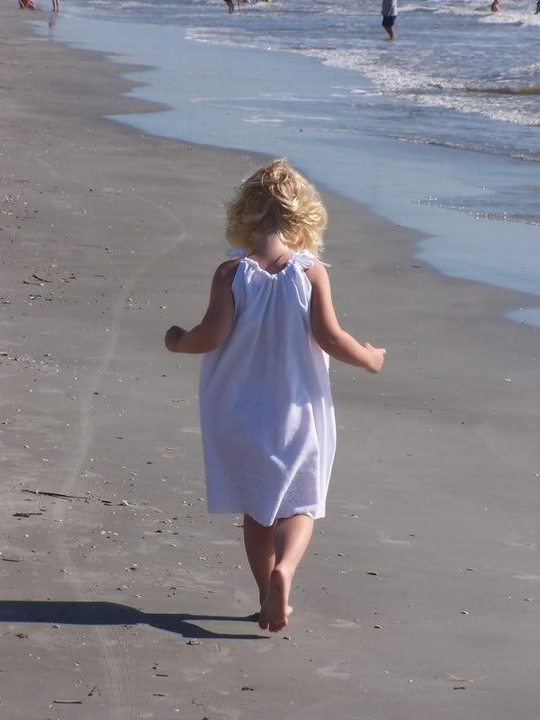 600x800 little girl walking  on beach | Beach kids, I love the beach, Beach fun