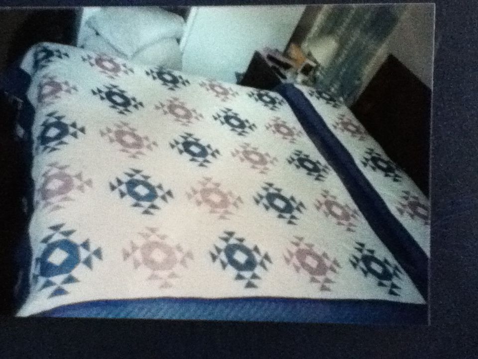 Single Wedding Ring or Crown of Thorns quilt My quilts Pinterest