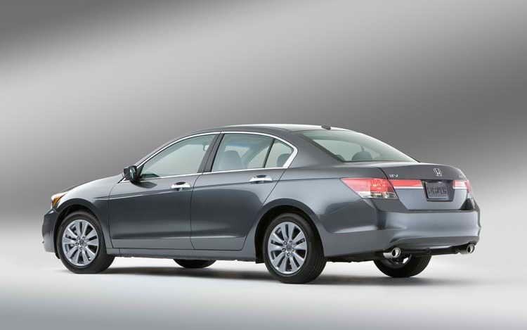 2011 Honda Accord Sedan (Dengan gambar)