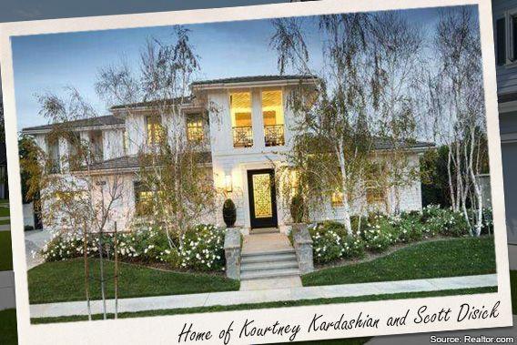 Kourtney Kardashian Home - Love this landscaping ...