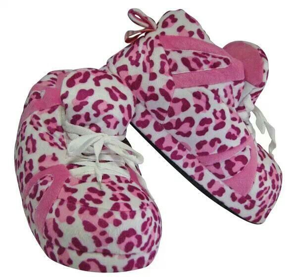 I want these slippers sooooo bad! !!!!!