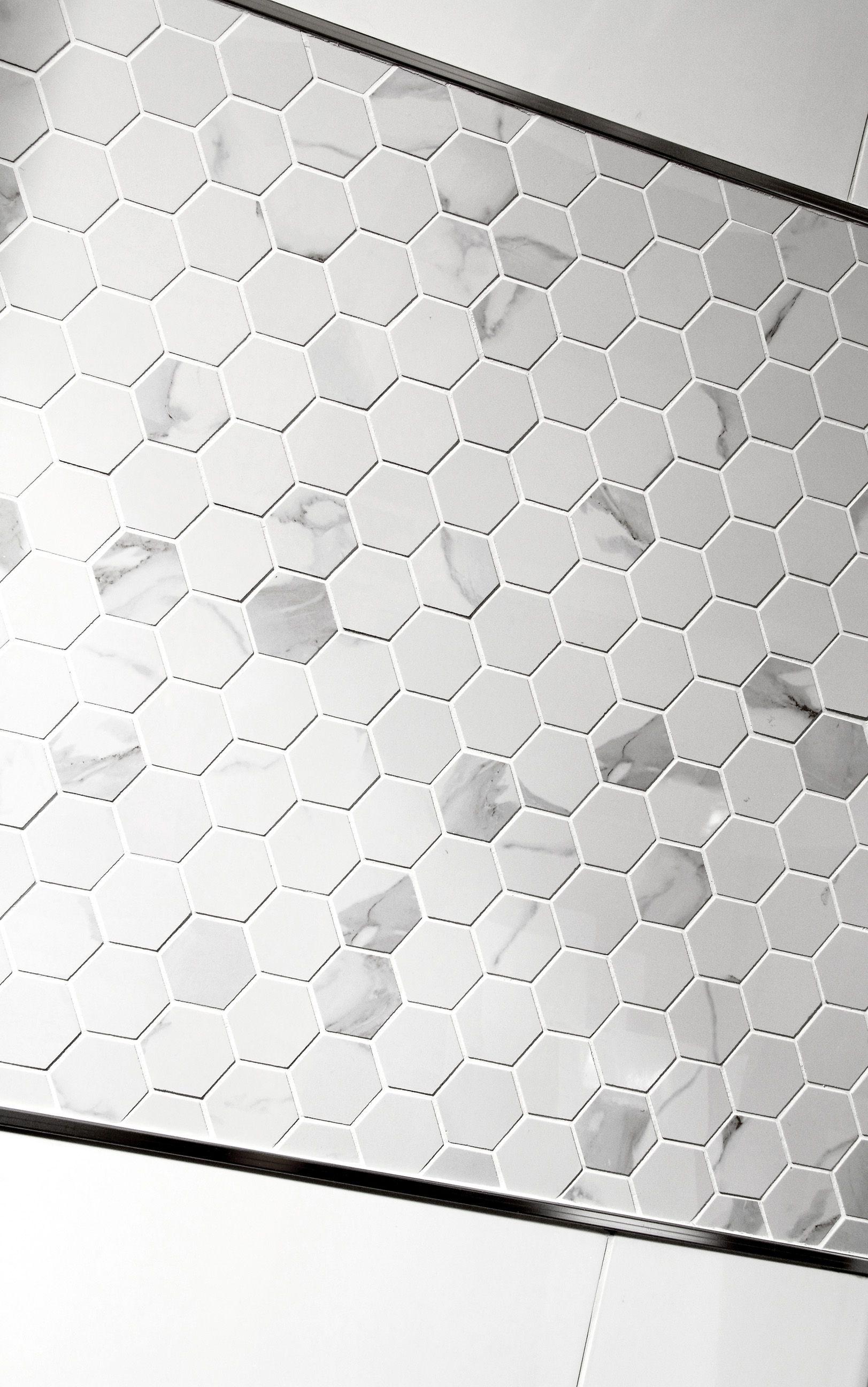 Inter Domus Bianco Malla Hexagon, Arkin Koko 30*30   Kaakelikeskus  #kylpyhuone #