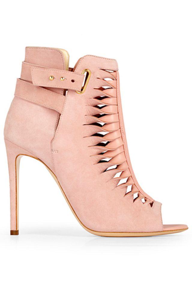 93cbba47832e Cute blush colored shoe..