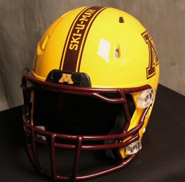 Minnesota Golden Gophers Alternate Football Helmet School Slogan Ski U Mah Football Uniforms Minnesota Football Football Helmets