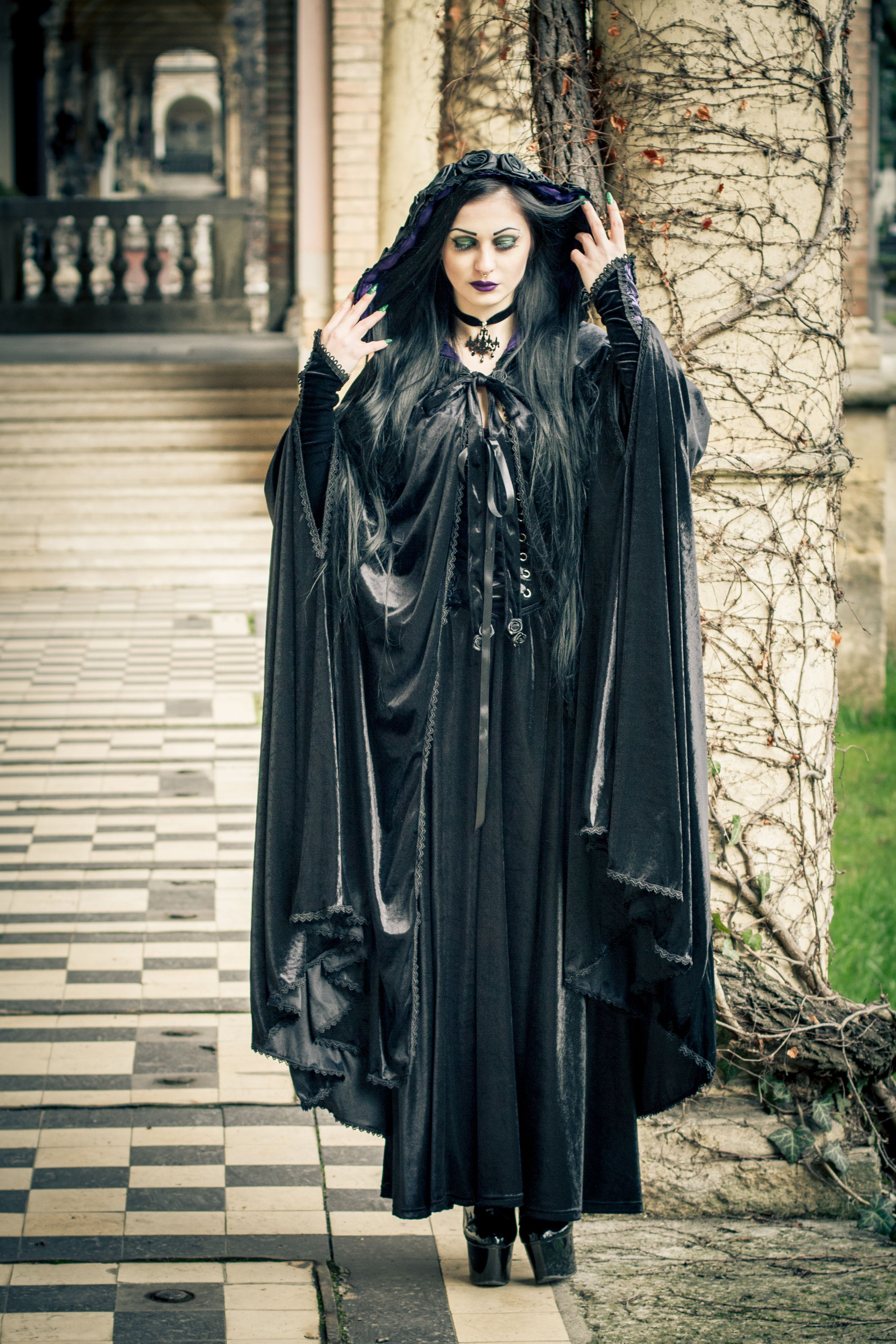 Model lady macbeth photography villy v fashion style gothic