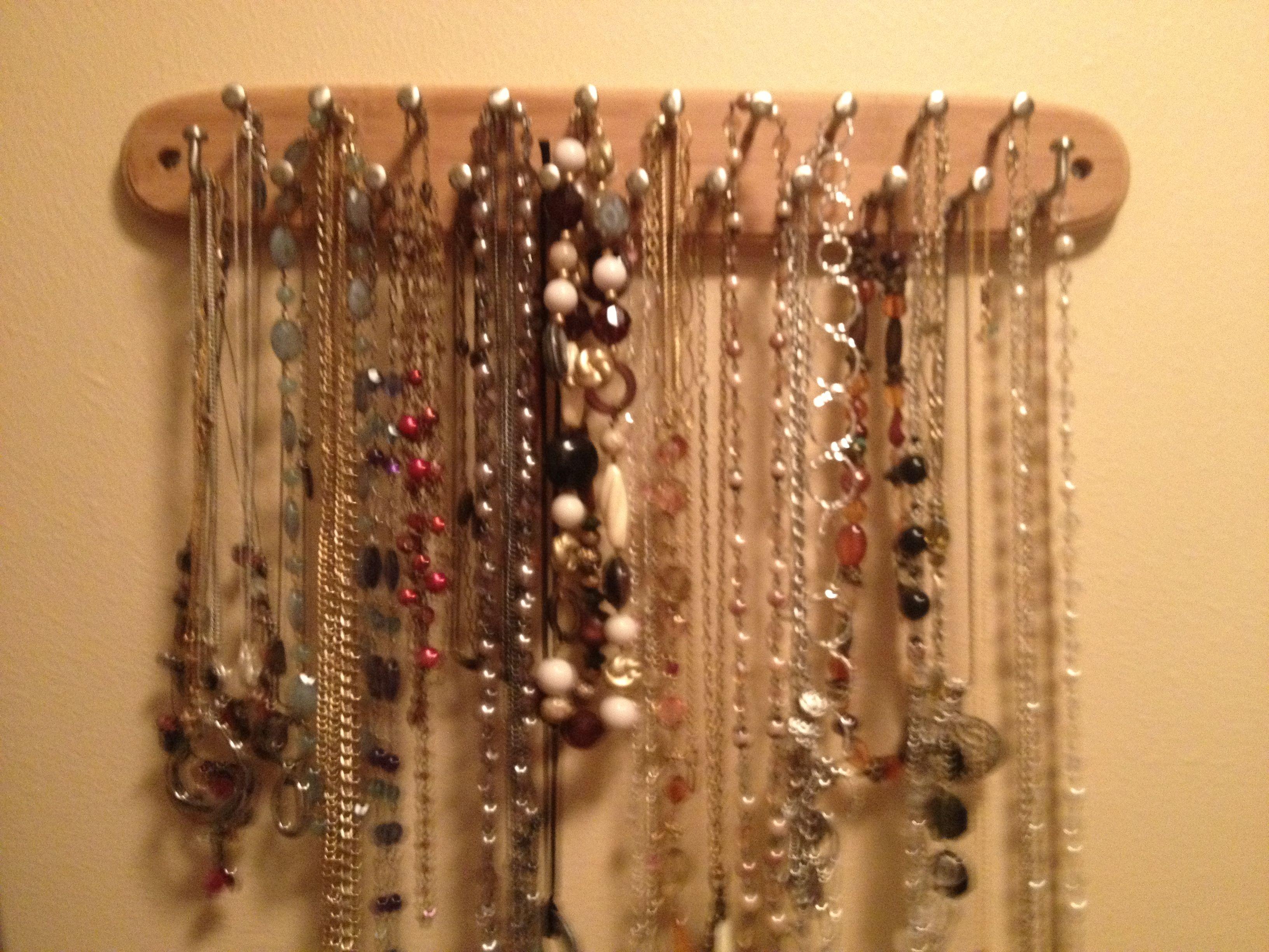 Necklace organizer from tie holder