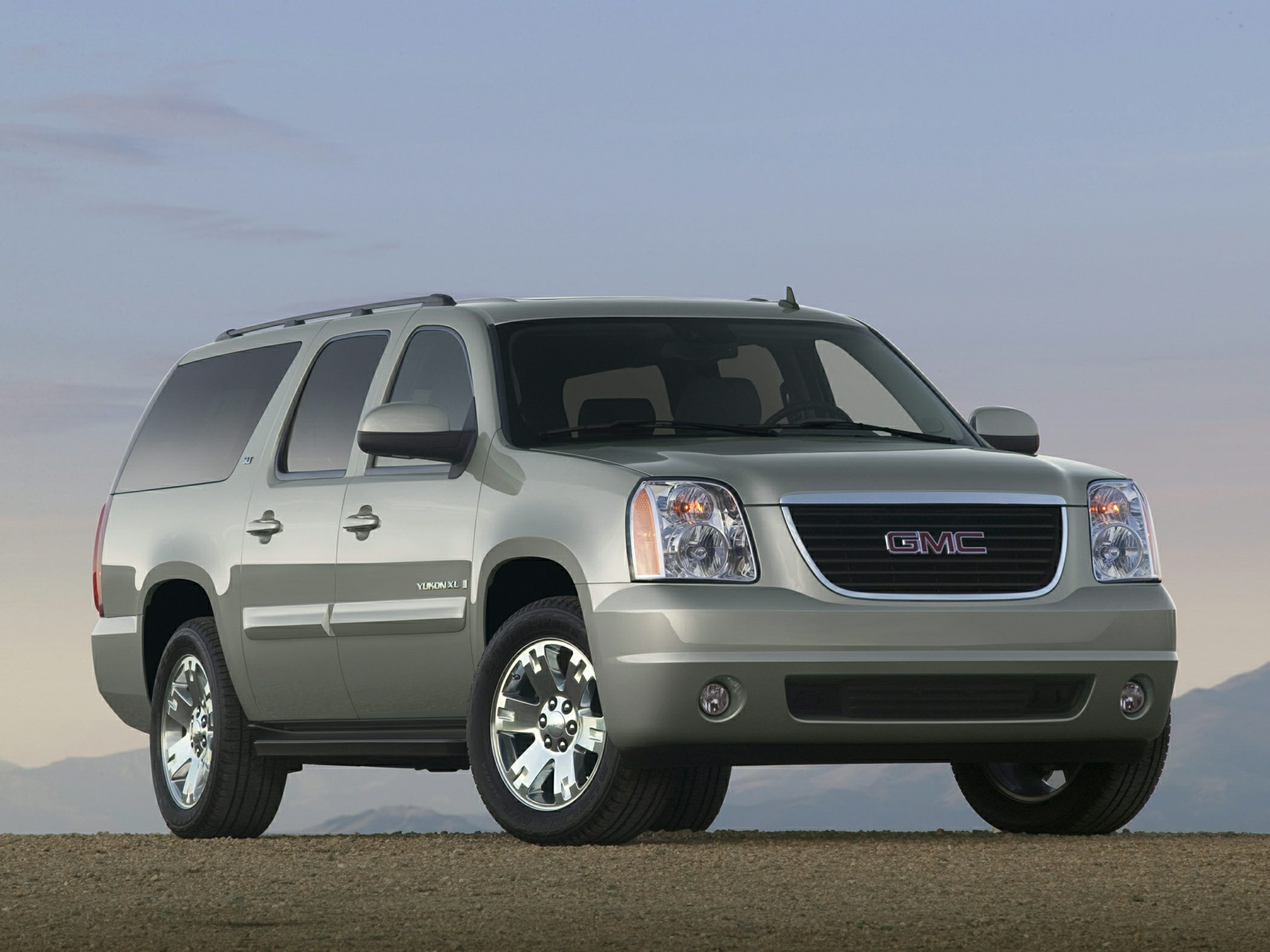 2013 Yukon Xl 2500 Mom Cars Upcoming Cars Chevrolet Car