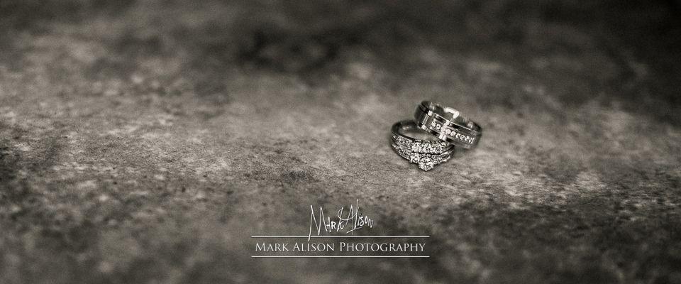 Mark Alison Photography – Wedding Rings  http://blog.markalisonphotography.com/2014/09/15/the-wedding-rings/