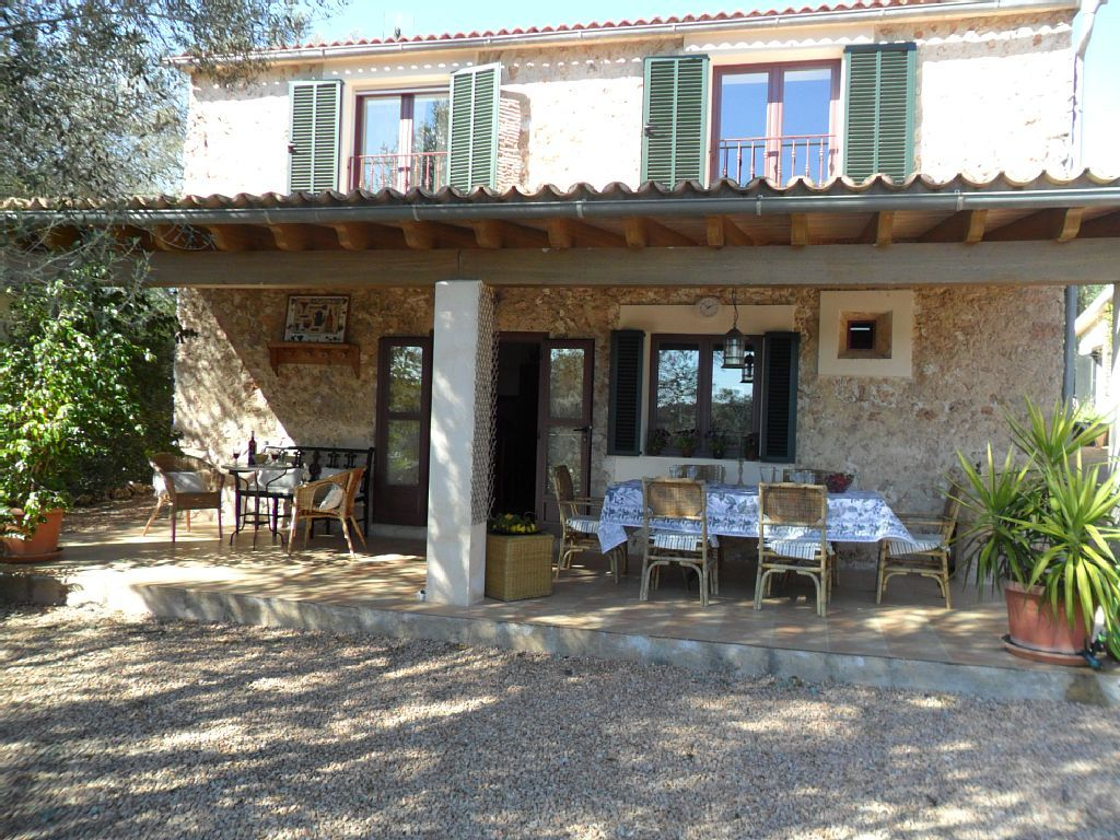 Casa rural para 6 en costitx porche casas con porche for Casas con terrazas rusticas