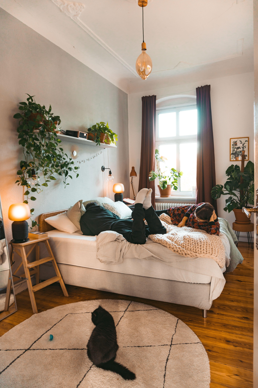 Neue Farbe, neues Glück – Schlafzimmerstreichen mit fridlaa