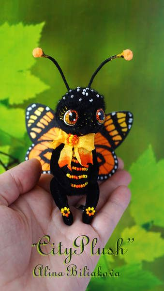 Rumba the butterfly By Alina Biliakova. Stuffed Butterfly. Let me introduce you Rumba, is a bright and showy boy- butterfly a Tiger-Mimic Queen. Soon the collection will be supplemented some insects such as a Autmn Leaf (Doleschallia bisaltide),a Painted lady (Vanessa cardui ) , and others... you can assemble a spectacular collection of cute insects.)))Subscribe!  #Lycorea Cleobaea #Butterfly #ArtistButterfly #cityplush #AlinaBiliakova; #alinacityplush #Beautiful