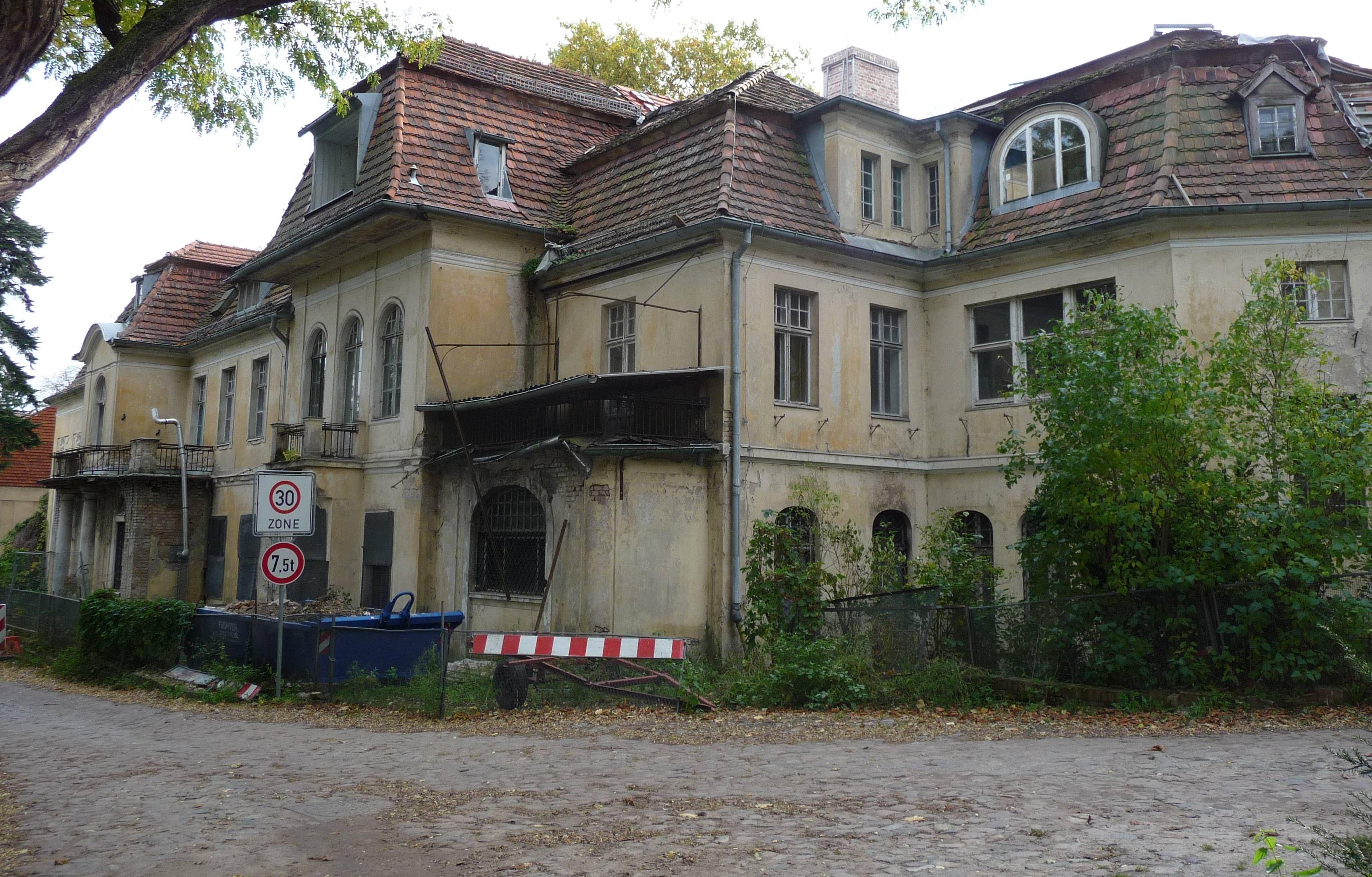 potsdam villa gutmann herbertshof bertinistra e 16. Black Bedroom Furniture Sets. Home Design Ideas