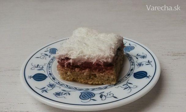 Jemný jahodový koláč